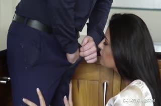 Сексуальные грудастые мамки знают толк в трахе №4243 1