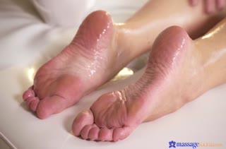 Смачное порно с грудастой телкой в массажном кабинете №3685 1