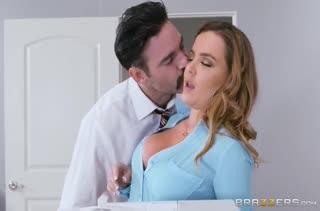 Сотрудники снимают стресс смачным сексом №3466