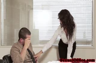Пошлое порно видео снятое на работе посреди дня №3473 1